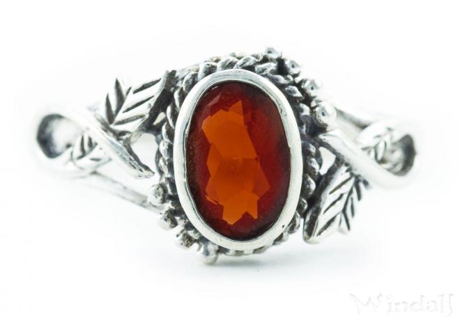 Ring ~ LIÂNA ~ Feenschmuck - Roter Kristall - Silber - Windalf.de