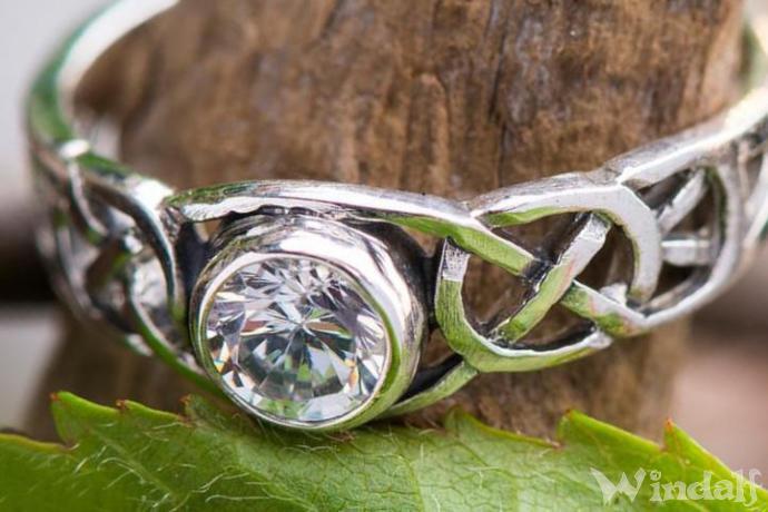 Keltischer Damenring ~ TÂMIA ~ Diamant Kristall - Silber - Windalf.de