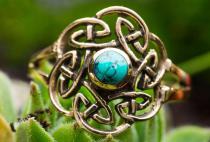 Keltischer Ring ~ TAVIA ~ 16 mm - Celitc Knoten & Türkis -  Bronze - Windalf.de