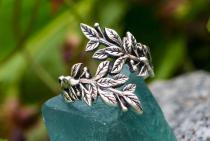 Elfen Boho Ring ~ BETELI ~ 1.9 cm - Zarte Blätter - Vintage Silber - Windalf.de