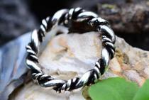 Vikings Ring ~ DHARA ~ h: 0.38 cm - Wikinger Kordel-Ring - handgeschmiedet - Silber - Windalf.de
