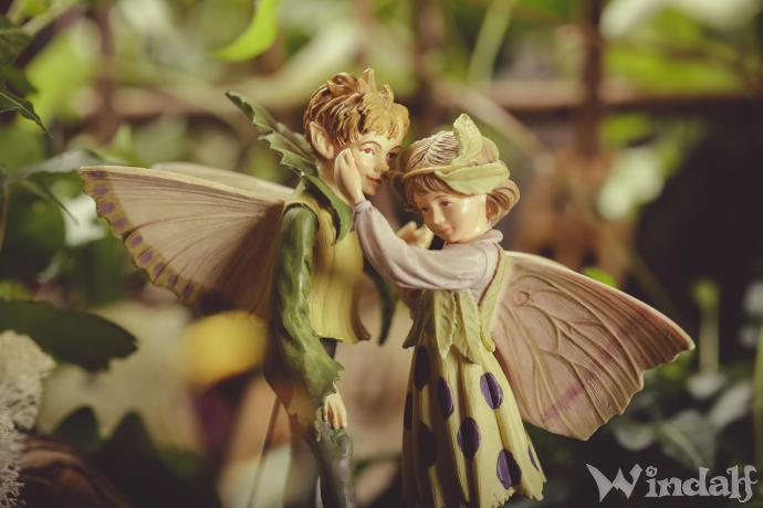 Fantasy Elfen ~ FLOWER FAIRYs ~ SECRET magic BOX - Feen Blumen Stecker - je 3 Stück - Handbemalt aus Steinsand - Windalf.de