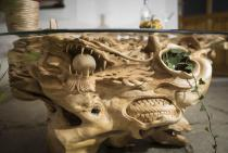 Großer Design Couchtisch ~ ANWÎN ~ H: 55 cm L: 142 cm - Drache vs. Adler - Teakholz Tisch - Handarbeit aus Holz - Windalf.de