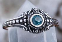 Asatru Damen Silberring ~ AMARA ~ 0.8 cm - Wikinger Schmuck Ring - Topas Kristall - Vintage Silber - Windalf.de